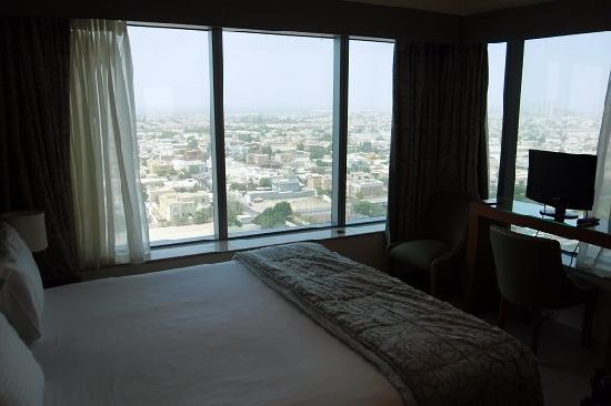 Al Salam Hotel Suites: Main bedroom