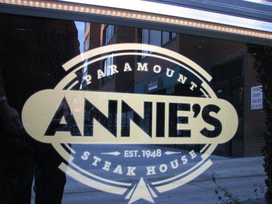 Photo of American Restaurant Annie's Paramount Steak House at 1609 17th St Nw, Washington DC, DC 20009, United States