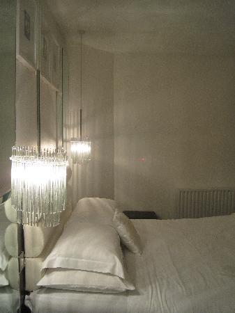 Zuni Hotel: Zimmer