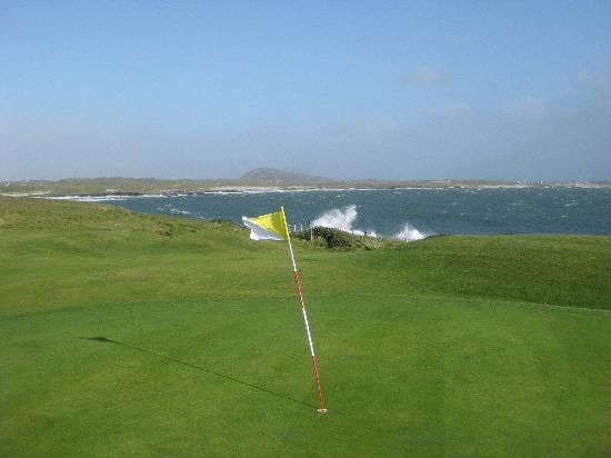 Connemara Championship Golf Links: be prepare for stroing winds