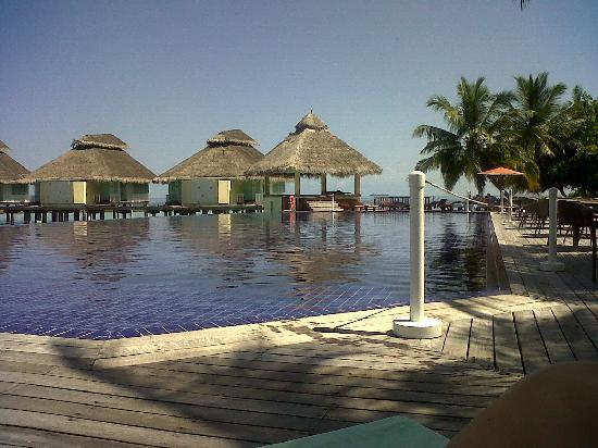 Ellaidhoo Maldives by Cinnamon: By The Pool