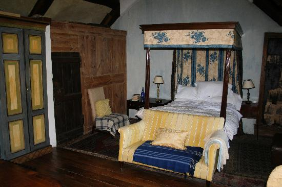 Old Priory at Dunster: master bedroom