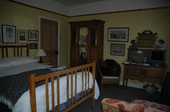 Number 15 Bed and Breakfast: Room 1