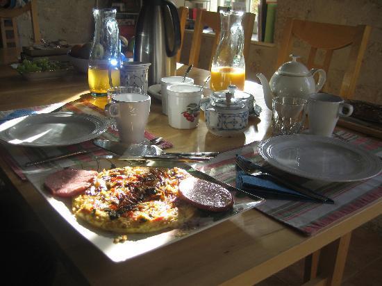 Le Cormier: breakfast