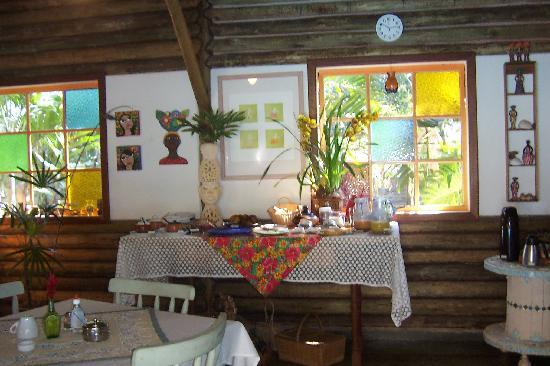 Hotel Pousada Guarana: The breakfast table