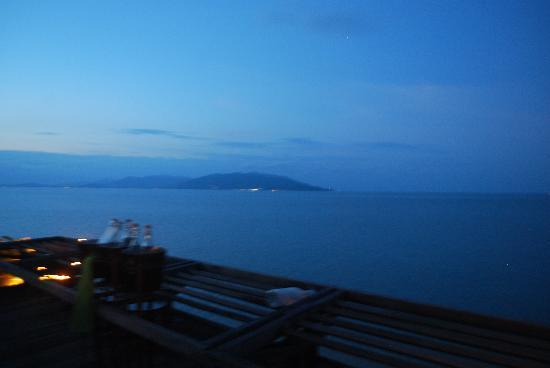 Dining on the Rocks: the view from table 99.