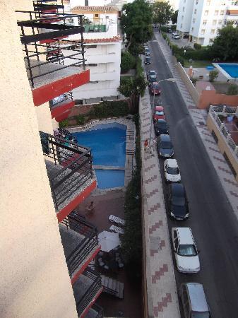 Hotel Medina Azahara: Pool area