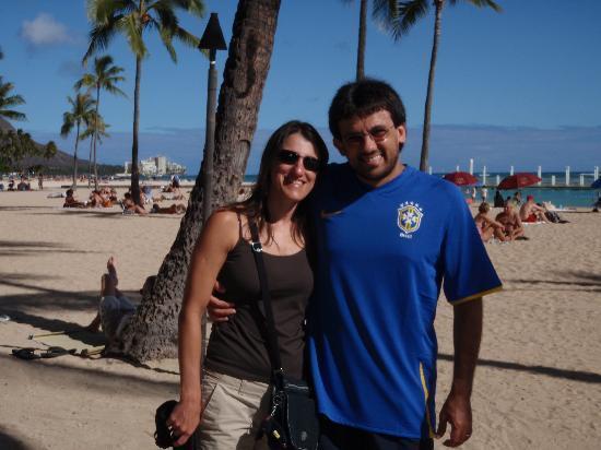 ฮิลตัน ฮาวายเอี่ยนวิลเลจ ไวกีกิ รีสอร์ท: Waikiki Beach
