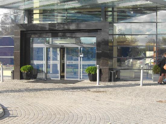 Centrum Zdrowia i Wypoczynku Ikar Plaza: Haupteingang