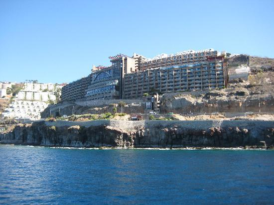 Gloria Palace Amadores Thalasso & Hotel: View of the hotel from glass bottom ferry