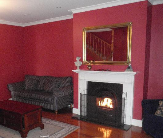 ألدرمير إيستايت: Loungeroom