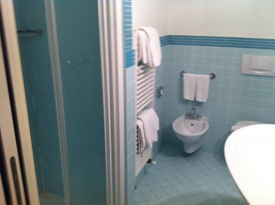 Hotel Bellagio: bathroom