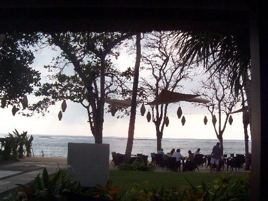 เดอะลากูน่า อะลักชัวรี่คอลเลคชั่น รีสอร์ท & สปา: The beautiful breakfast view