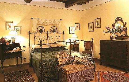 Casale Sodini: Master Bedroom