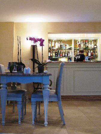 Restaurant Abri Des Flots : a corner of the restaurant