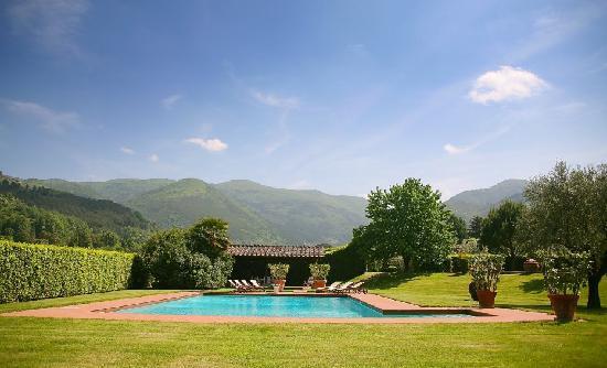 Casale Sodini: The Pool