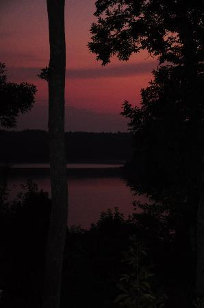 Edgewater Resort: Sunrise from back deck