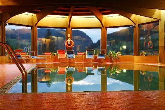 Hotel Rodes: La nostra piscina