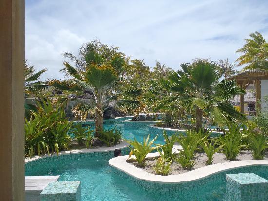 The St. Regis Bora Bora Resort: The other pool