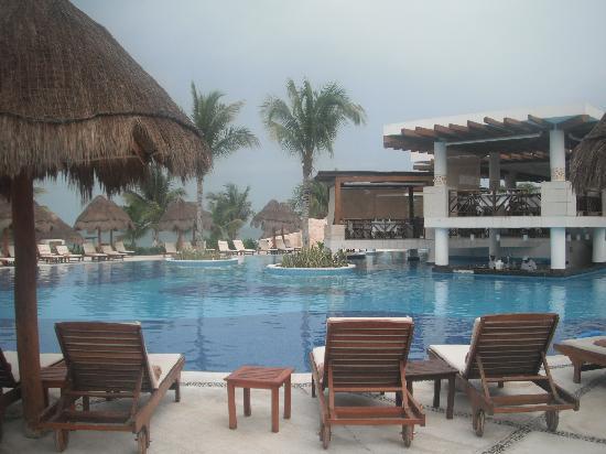 Excellence Playa Mujeres: main pool