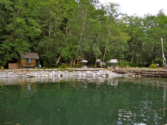 Toba Wilderness: cabins