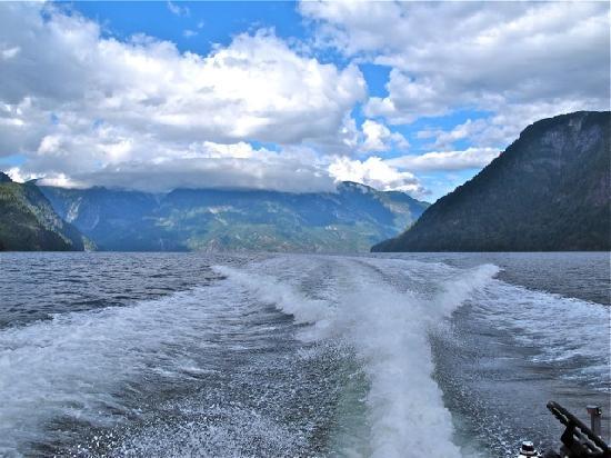 Toba Wilderness : Toba Inlet