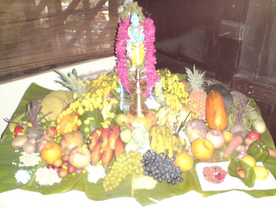 Mom Lekha's Private Homes: 'VISHU' THE HARVEST FESTIVAL OF KERALA (MOMLEKHAS)