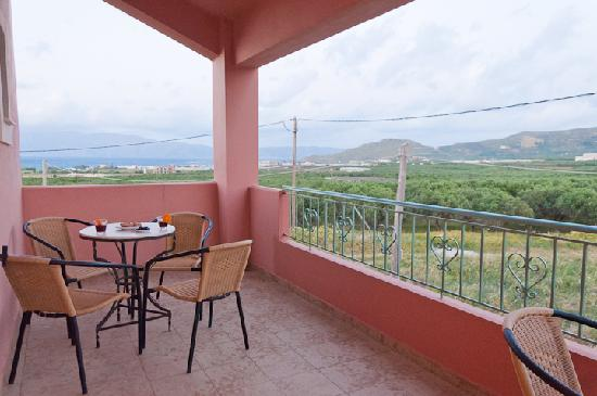Olive Tree Apartments : Family Apartment - Two Bedrooms - Balcony Sea View