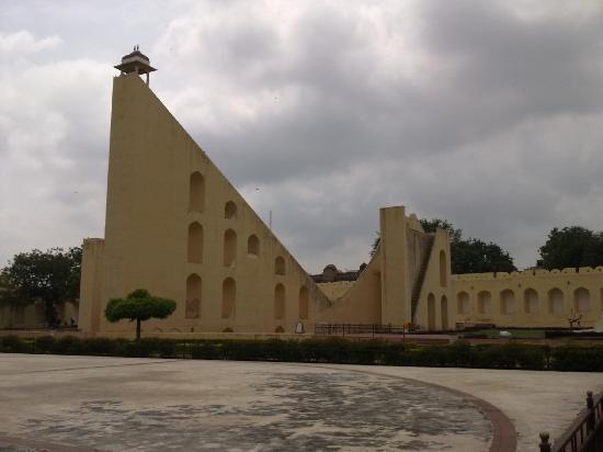 จันตาร์มันตาร์ (จัยปูร์): The Jantar Mantar