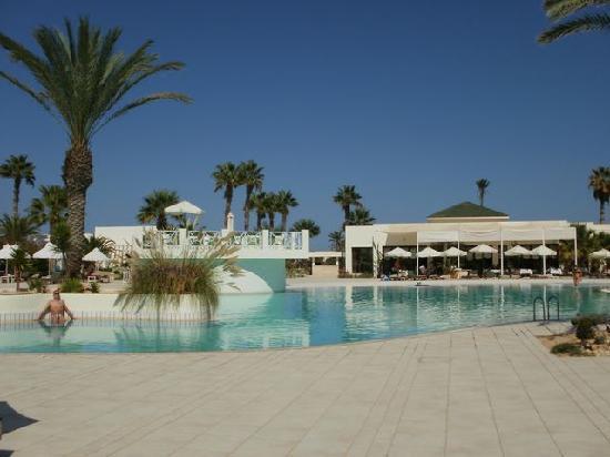 Yadis Djerba Golf Thalasso & Spa : piscine