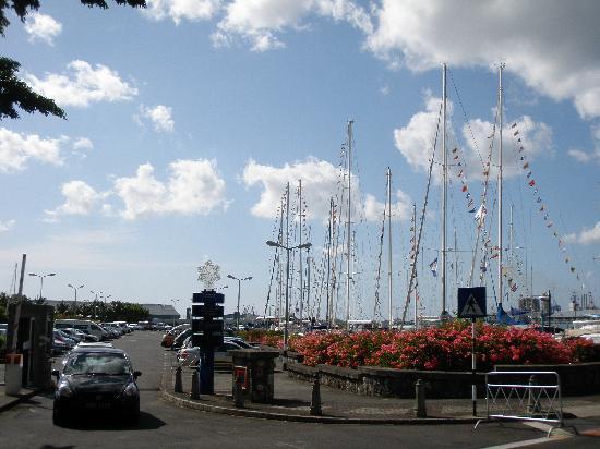 Le Caudan Waterfront: car park