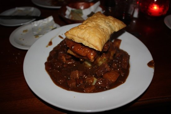 Paddy Foley's Restaurant & Bar : kerry Beef pie