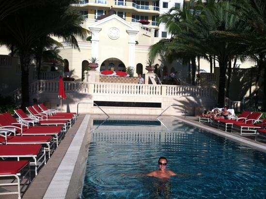 Acqualina Resort & Spa on the Beach: acqualina pool