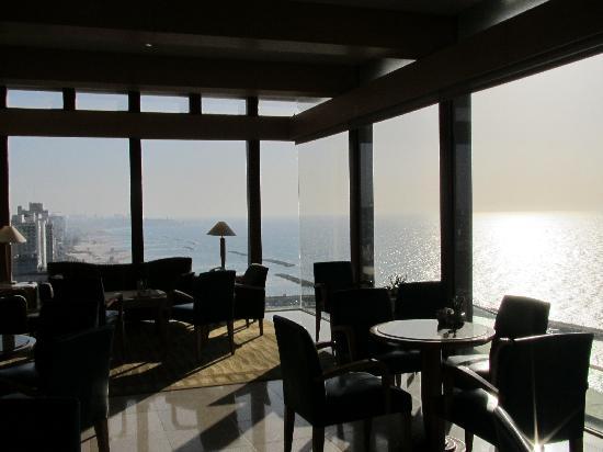 Hilton Tel Aviv: the lounge