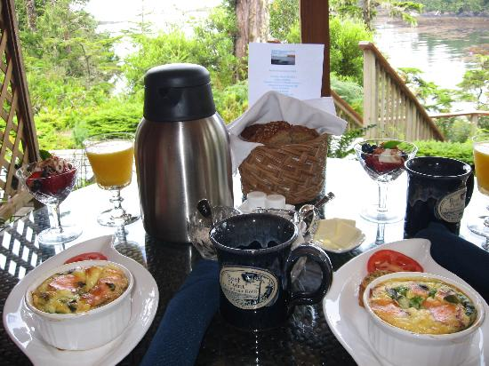 Reef Point Oceanfront B&B: A perfect way to start the day