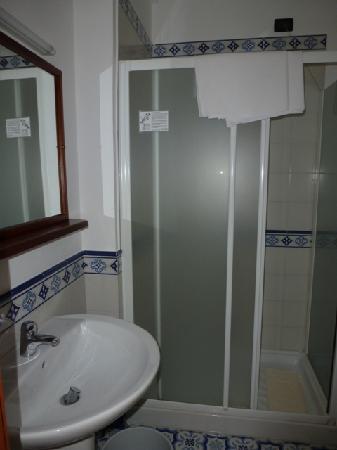 Il Nido Hotel Sorrento: baño
