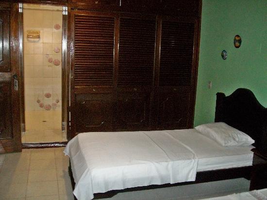 Hotel Pirarucú : El armario de la Hab 4