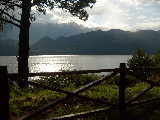 Lago Gutierrez Lodge: Atardecer