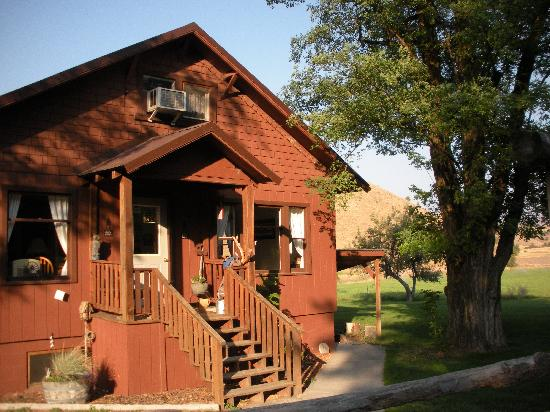 Wilson Ranches Retreat Bed & Breakfast: The ranchhouse