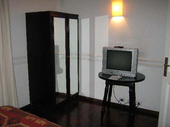 Hotel San Antonio Buenos Aires: Quarto