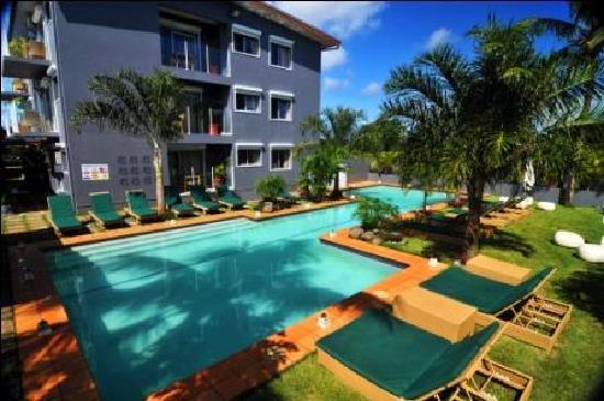 Coconut Palms Resort : Pool Area