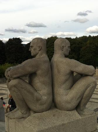 พิพิธภัณฑ์วิเจลันด์: vigeland park