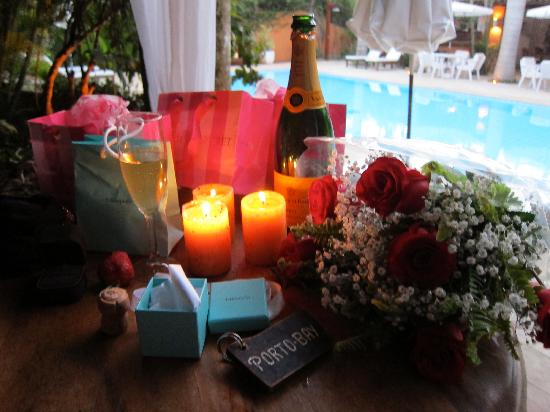 PortoBay Buzios : engagement party by the pool