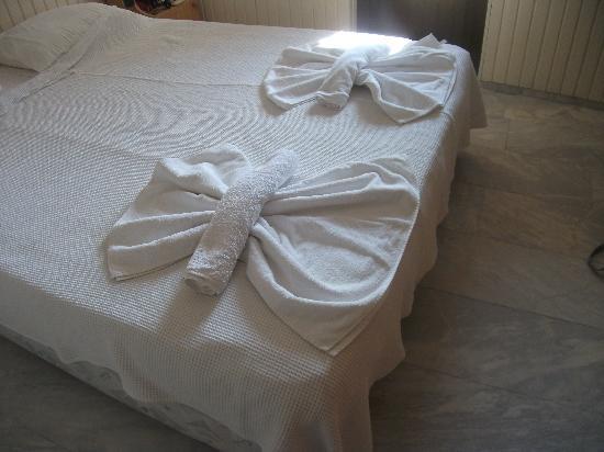 Alvaro: Main bedroom