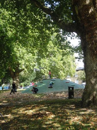 London Fields Park: London Fields