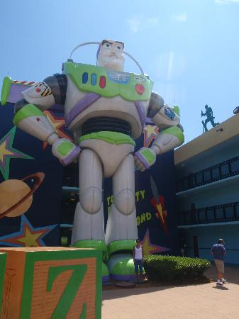 Disney's All-Star Movies Resort: Buzz and me!