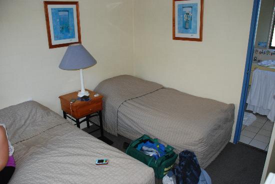 Ocean Breeze Resort: Bedroom 2