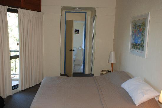 Ocean Breeze Resort: Bedroom 1