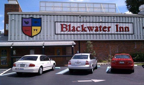 Williams Landing: Outside Blackwater