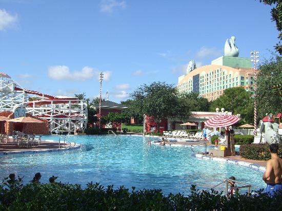 Disney's BoardWalk Inn: Boardwalk Pool, Dumbo's Circus Themed
